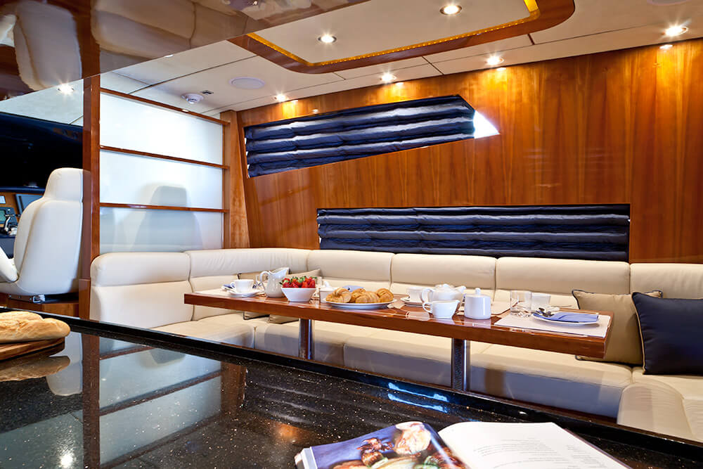 Dining on the Samaric Motor Yacht.